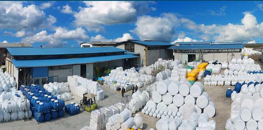 تولید کننده مخازن پلی اتیلن و پلاستیکی